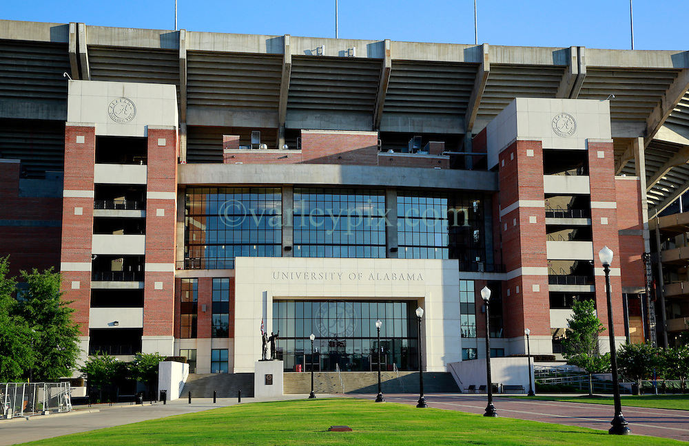 19 June 2013. University of Alabama, Tuscaloosa, Alabama.<br /> The Bryant-Denny Stadium, home to the Crimson Tide, The University of Alabama's Championship SEC championship winning team.  <br /> Photo; Charlie Varley