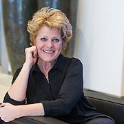 NLD/Amsterdam//20140323 - Perspresentatie musicalbewerking Moeder, Ik Wil Bij De Revu, Simone Kleinsma