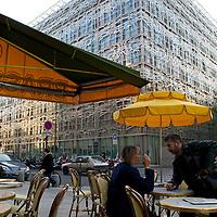Cafe de l'Epoque near the Galerie Vero-Dodat.