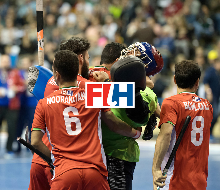 BERLIN - Indoor Hockey World Cup<br /> Quarterfinal 1: Iran - Czech Republic<br /> foto: Iran celebrates the win, HATAMINEJAD Sasan (GK).<br /> WORLDSPORTPICS COPYRIGHT FRANK UIJLENBROEK