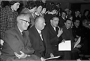 31/03/1963<br /> 03/31/1963<br /> 31 March 1963<br /> Civil Defence Competitions at Jervis Street Hospital, Dublin. Wathching were (l-r): Mr. Michael O'Brien, Dublin Civil Defence Officer; Lord Mayor Ald. J.J. O'Keeffee T.D.; Mr. Dudley Mott, General Manager, W.D. &amp; H.O., Wills and Mr. B. Doyle, Advertising Manager, Wills.