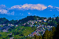 Inde, Bengale Occidental, Darjeeling, vue sur les Himalayas et le Kangchenjunga à 8586m // India, West Bengal, Darjeeling, view to the Himalayas, the Kangchenjunga 8586m