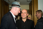 RICHARD STRANGE AND MARC QUINN, Paul Simonon  *** Local Caption *** -DO NOT ARCHIVE-© Copyright Photograph by Dafydd Jones. 248 Clapham Rd. London SW9 0PZ. Tel 0207 820 0771. www.dafjones.com.