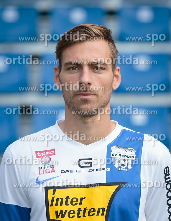 15.09.2015, Das Goldberg Stadion, Groedig, AUT, 1. FBL, Fototermin SV Groedig, im Bild Harald Pichler (SV Groedig) // during the official Team and Portrait Photoshoot of Austrian Football Bundesliga Team SV Groedig at the Das Goldberg Stadion, Groedig, Austria on 2015/09/15. EXPA Pictures © 2015, PhotoCredit: EXPA/ JFK