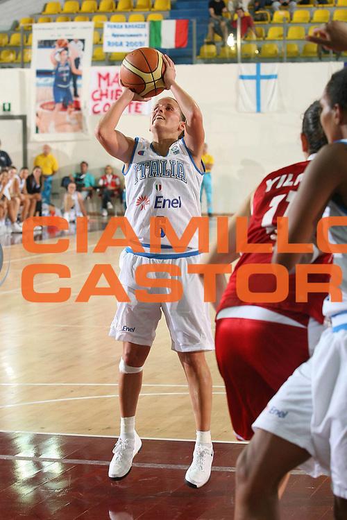 DESCRIZIONE : Chieti Qualificazione Eurobasket Women 2009 Italia Turchia <br /> GIOCATORE : Chiara Pastore <br /> SQUADRA : Nazionale Italia Donne <br /> EVENTO : Raduno Collegiale Nazionale Femminile<br /> GARA : Italia Turchia Italy Turkey <br /> DATA : 27/08/2008 <br /> CATEGORIA : tiro <br /> SPORT : Pallacanestro <br /> AUTORE : Agenzia Ciamillo-Castoria/M.Marchi <br /> Galleria : Fip Nazionali 2008 <br /> Fotonotizia : Chieti Qualificazione Eurobasket Women 2009 Italia Turchia <br /> Predefinita :