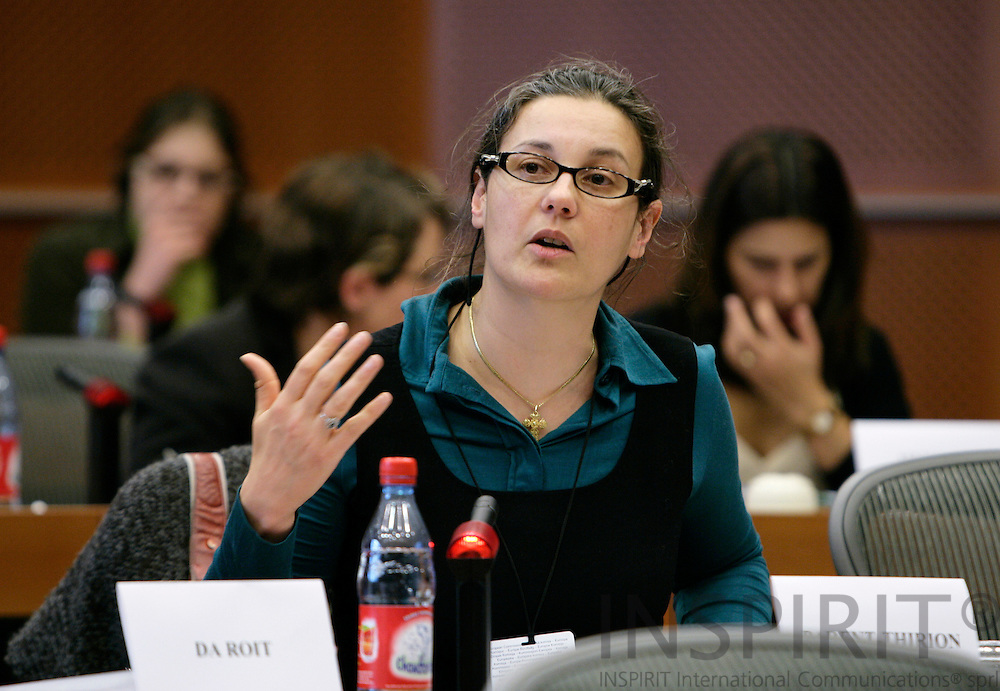BRUSSELS - BELGIUM - 27 FEBRUARY 2007 --Agnes PARENT-THIRION, research coordinator at EUROFOUND, presenting the foundations new report on European Working Conditions Survey for the MEPs at the EP Employment working committee.   PHOTO: ERIK LUNTANG