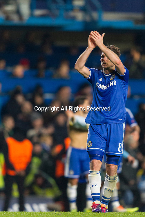11.12.2013 London, England.  Chelsea's Frank LAMPARD acknowledges the crowd at the end of the Champions League group E game between Chelsea and Steaua Bucharest from Stamford Bridge.