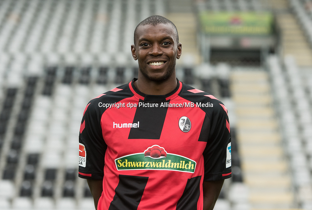 German Bundesliga - Season 2016/17 - Photocall SC Freiburg on 5 August 2016 in Freiburg, Germany: Karim Guede. Photo: Patrick Seeger/dpa | usage worldwide