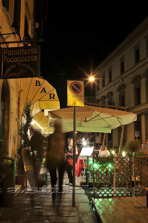 Nighton street of Pisa
