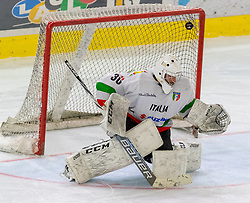 12.04.2018, Tiroler Wasserkraft Arena, Innsbruck, AUT, Eishockey Testspiel, Österreich vs Italien, während dem Eishockey Testspiel Österreich vs Italien am Donnerstag, 12. April 2018 in Innsbruck, im Bild Martino Valle da Rin (ITA) // during the International Icehockey Friendly match between Austria and Italy at the Tiroler Wasserkraft Arena in Innsbruck, Austria on 2018/04/12. EXPA Pictures © 2018, PhotoCredit: EXPA/ Jakob Gruber