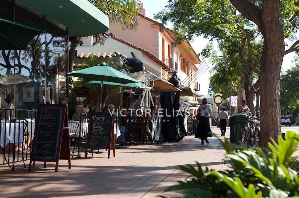State street scene. Santa Barbara, California. USA.
