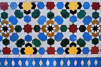 Maroc, Rabat, Esplanade de la mosquée de Yacoub el-Mansour, Mausolée de Mohammed V, detail de ceramique // Morocco, Rabat, Mohammed V mosoleum, tiles details