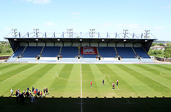 The Kassam Stadium - Photo mandatory by-line: Robbie Stephenson/JMP - Mobile: 07966 386802 - 16/05/2015 - SPORT - Rugby - Oxford - Kassam Stadium - London Welsh v Saracens - Aviva Premiership