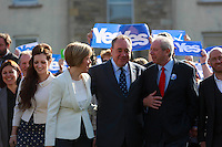 First Minister Alex Salmond and Deputy First Minister. Nicola Sturgeon join with figures from across the Yes movement. <br /> They  &quot;campaign for the full powers that only a Yes vote can guarantee&quot;. Amongst other members of the grassroots campaign they  <br /> join Jim Sillars and the Margo mobile, which has been touring communities of Scotland.<br /> Pako Mera/Universal News And Sport (Europe) 10/09/2014