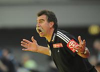 Handball EM Herren 2010 Hauptrunde Deutschland - Spanien 26.01.2010 Heiner Brand (Teamchef GER) unzufrieden