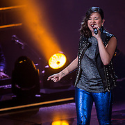 NLD/Hilversum/20141114 - The Voice of Holland 1e show, Dynah Dettingmeijer