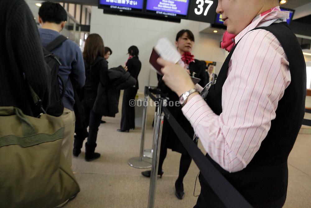 last passport check before entering airplane