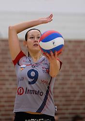 10-11-2013 VOLLEYBAL: VV ALTERNO - VC WEERT: APELDOORN<br /> Alterno wint met 3-0 van Weert / Barbora Neckarova<br /> &copy;2013-FotoHoogendoorn.nl