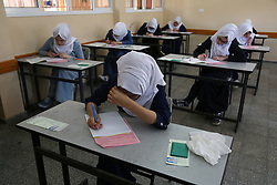 June 3, 2017 - Gaza, gaza strip, Palestine - Palestinian High school students writing their final exams at a high school in the gaza city on 03 June 2017  (Credit Image: © Majdi Fathi/NurPhoto via ZUMA Press)