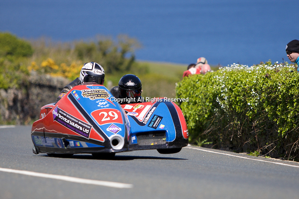 08.06.2015. Douglas, Isle of Man. 2015 Isle of Man TT Races. Matt Dix and Shaun Parker in action during the TT Sidecar race.