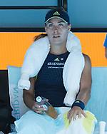 ANGELIQUE KERBER (GER) sitzt auf der Bank waehrend der Spielpause mit einem Eispack auf den Schultern,<br /> <br /> Tennis - Australian Open 2018 - Grand Slam / ATP / WTA -  Melbourne  Park - Melbourne - Victoria - Australia  - 22 January 2018.
