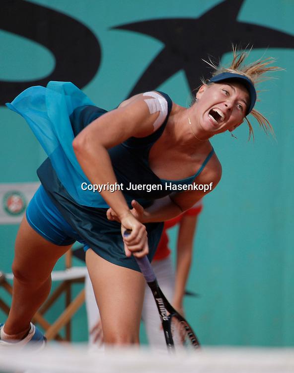 French Open 2009, Roland Garros, Paris, Frankreich,Sport, Tennis, ITF Grand Slam Tournament,  <br /> <br /> Maria Sharapova (RUS)<br /> <br /> Foto: Juergen Hasenkopf
