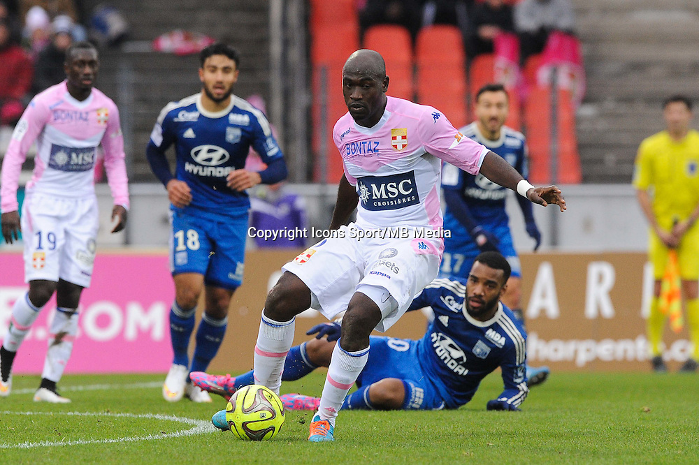 Djakaridja KONE / Alexandre LACAZETTE - 07.12.2014 - Evian Thonon / Lyon - 17eme journee de Ligue 1 -<br />Photo : Jean Paul Thomas / Icon Sport