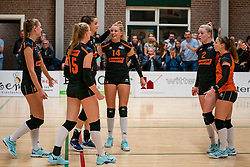 26-10-2019 NED: Dros Alterno - Set Up 65, Apeldoorn<br /> Round 4 of Eredivisie volleyball - Wies Bekhuis #14 of Set Up, Merle Baasdam #7 of Set Up, Benthe Olde Rikkert #2 of Set Up