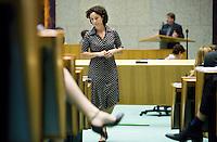 Nederland. Den Haag, 19 juni 2007.<br /> Halsema aan de interruptiemicrofoon tegen Tichelaar.<br /> Debat in de Tweede kamer inzake het beleidsprogramma van het vierde kabinet Balkenende. De fractievoorzitters in de Tweede Kamer debatteren met premier Balkenende over het op donderdag 14 juni 2007 gepresenteerde beleidsprogramma van het kabinet Balkenende IV. ( vier / 4 ) Het definitieve beleidsprogramma van het kabinet, dat verder invulling geeft aan het regeerakkoord, Dit programma is gemaakt aan de hand van de honderd dagen die het kabinet in het land doorbracht.<br /> Foto Martijn Beekman <br /> NIET VOOR TROUW, AD, TELEGRAAF, NRC EN HET PAROOL