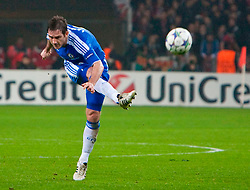 23.11.2011, BayArena, Leverkusen, Germany, UEFA CL, Gruppe E, Bayer 04 Leverkusen (GER) vs Chelsea FC (ENG), im Bild Chelsea's Frank Lampard in action against Bayer Leverkusen during the football match of UEFA Champions league, group E, between Bayer Leverkusen (GER) and FC Chelsea (ENG) at BayArena, Leverkusen, Germany on 2011/11/23. EXPA Pictures © 2011, PhotoCredit: EXPA/ Sportida/ David Tickle..***** ATTENTION - OUT OF ENG, GBR, UK *****