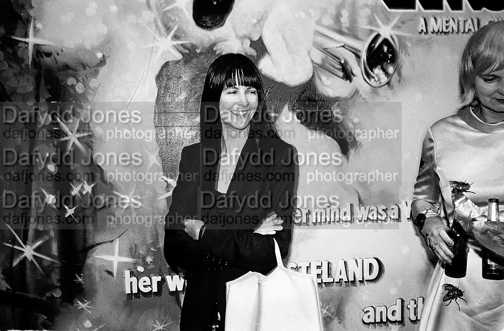 Gillian Wearing. Abigail Lane, Tomorrows World, Yesterdays Fever. Victoria Miro and Great Eastern Rooms. 3 October 2001. © Copyright Photograph by Dafydd Jones 66 Stockwell Park Rd. London SW9 0DA Tel 020 7733 0108 www.dafjones.com