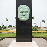 A statue commemorating Nicaraguan poet Rubén Darío (Félix Rubén García Sarmiento) that stands on Calle La Calzada near the waterfront of Lake Nicaragua. It was installed in 2013.