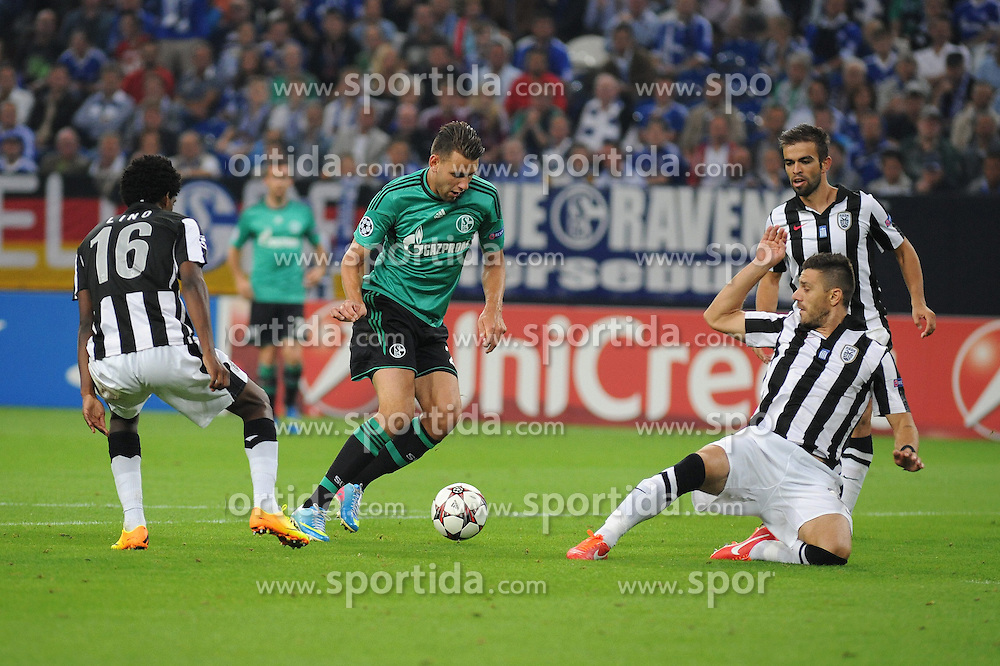 21.08.2013, Veltlins Arena, Gelsenkirchen, GER, UEFA CL Qualifikation, FC Schalke 04 vs PAOK Saloniki, Hinspiel, im Bild Adam Szalai ( mitte Schalke 04 ) im Zweikampf gegen v.l.n.r. Lino, Kostas Katsouranis sowie Miguel Vitor ( alle PAOK Saloniki/ Action/ Aktion ) // during the UEFA Champions League, Qualification first leg match between FC Schalke 04 and PAOK Saloniki at Veltlins Arena in Gelsenkirchen, Germany on 2013/08/21. EXPA Pictures &copy; 2013, PhotoCredit: EXPA/ Eibner/ Thomas Thienel<br /> <br /> ***** ATTENTION - OUT OF GER *****