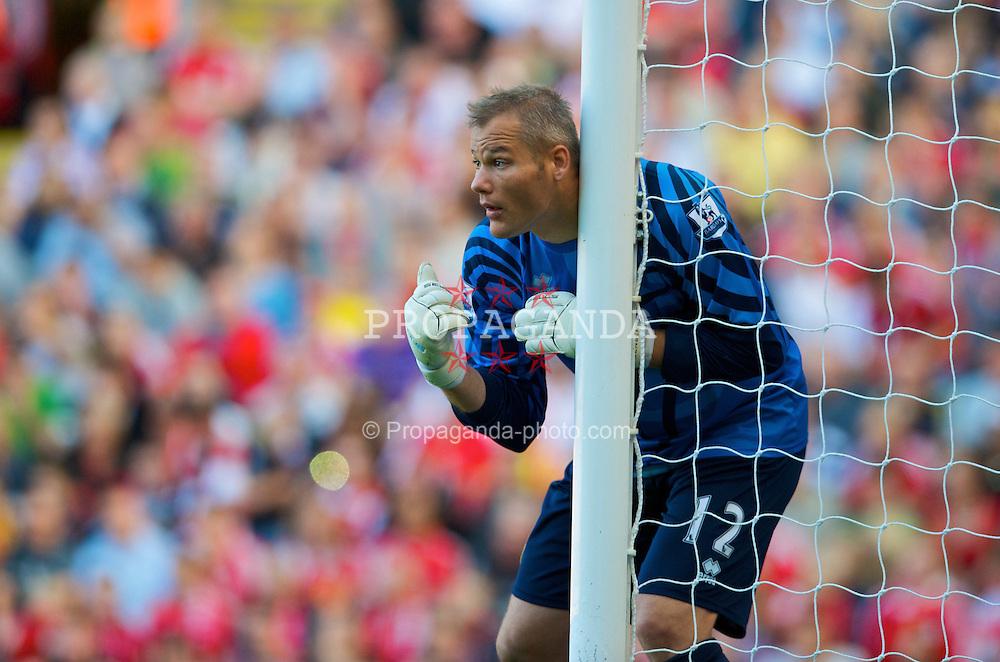 LIVERPOOL, ENGLAND - Saturday, September 12, 2009: Burnley's goalkeeper Brian Jensen in action against Liverpool during the Premiership match at Anfield. (Photo by David Rawcliffe/Propaganda)