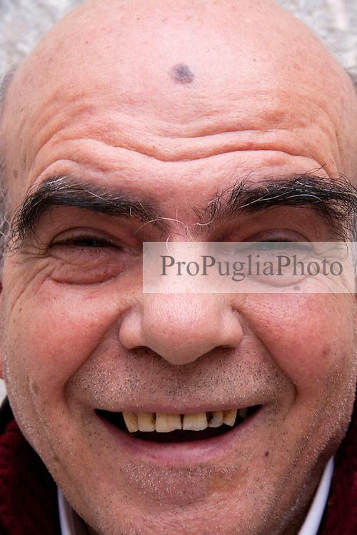 Expression Volto Nostro, la mostra fotografica in evoluzione. .Castello Svevo di Bari, undicesima settimana 6-7 febbraio 2010