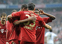 FUSSBALL   1. BUNDESLIGA  SAISON 2011/2012   27. Spieltag FC Bayern Muenchen - Hannover 96       24.03.2012 JUBEL nach dem Tor zum 2:0 Mario Gomez mit David Alaba (FC Bayern Muenchen)