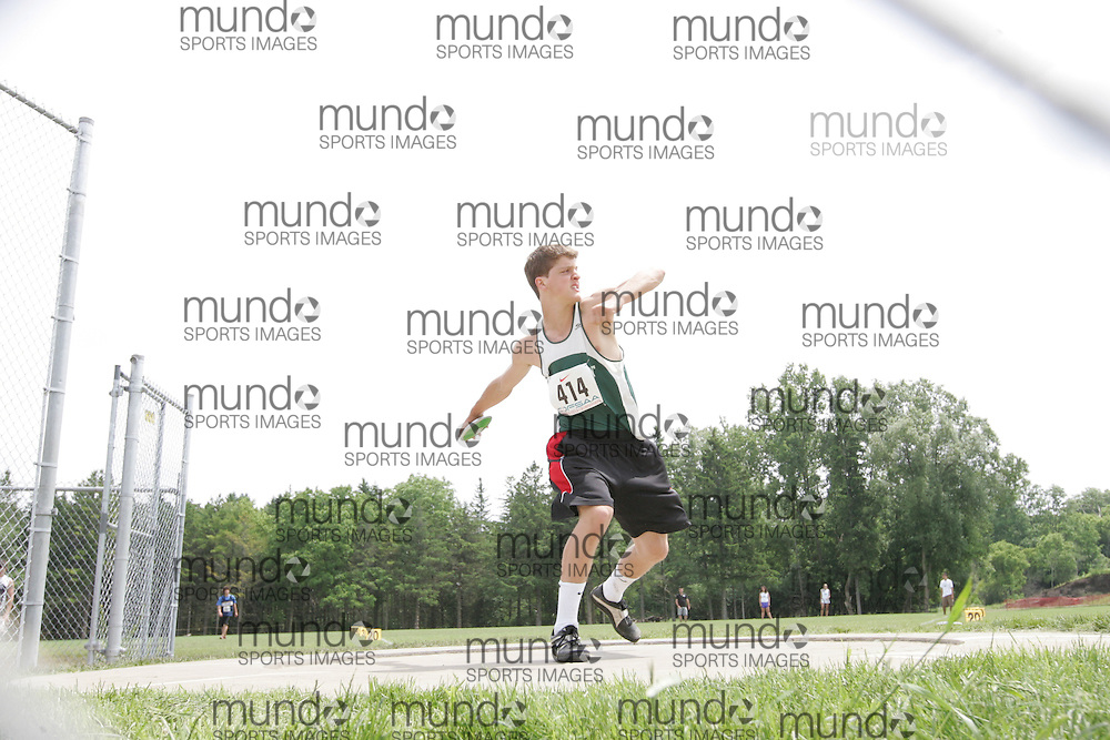 (London, Ontario}---04 June 2010) William Christodoulou of Crescent School - Willowdale competing in the midget boys discus at the 2010 OFSAA Ontario High School Track and Field Championships. Photograph copyright Sean Burges / Mundo Sport Images, 2010.