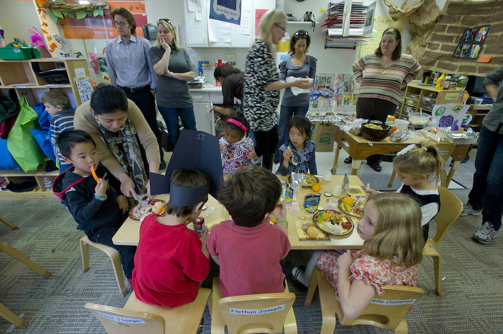 WASHINGTON (2010-2011) -- River School kids and the Herons enjoy a Thanksgiving lunch.  Photo by Johnny Bivera