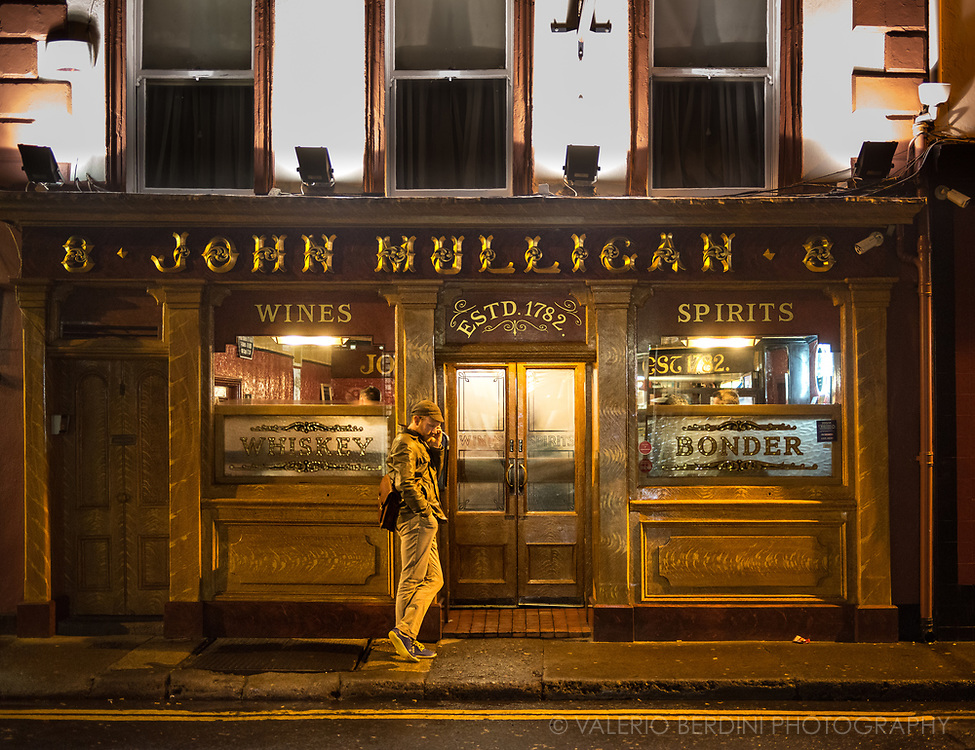 John Mulligan's pub, established in Thomas Street, Dublin in 1782 before moving to this current location in 1854 in Poolbeg Street. This irish public house, mentioned by James Joyce, used as a filming location has seen countless celebrities guests including JohnF Kennedy stopping for a beer to have the ultimate Guinness pint.