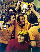 Fotball<br /> England <br /> Foto: Colorsport/Digitalsport<br /> NORWAY ONLY<br /> <br /> Mike Bailey (Wolves Captain) with the trophy. League Cup Final 1974 @ Wembley. Wolverhampton Wanderers v Manchester City. 2/3/74<br /> ALSO JOHN MCALLE, GARY PIERCE