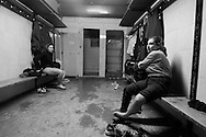 In the locker room of a rugby field on the outskirts of Livorno. It 'a poor sport and infrastructure are lacking.