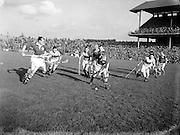 Hurling, Oireachtas Final, Croke Park, Clare v Wexford. ..25.10.1953, 10.25.1953, 25th October 1953