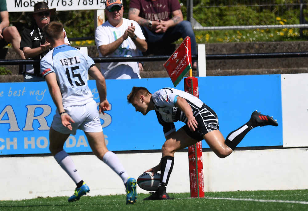 Pontypridd's Lloyd Rowlands<br /> Pontypridd RFC v Cardiff RFC<br /> <br /> Photographer Mike Jones / Replay Images<br /> Sardis Road, Pontypridd.<br /> Wales - 5th May 2018.<br /> <br /> Pontypridd RFC v Cardiff RFC<br /> Principality Premiership<br /> <br /> World Copyright © Replay Images . All rights reserved. info@replayimages.co.uk - http://replayimages.co.uk