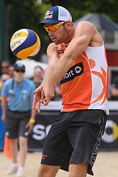 09-06-2016 DUI: Smart Major Beach Volleyball World Tour, Hamburg<br /> Alexander Brouwer #1<br /> <br /> ***NETHERLANDS ONLY***
