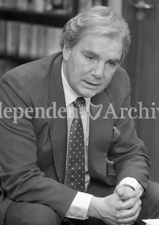 186-261<br /> Sir Anthony Joseph Francis O'Reilly, Kt. (born 7 May 1936, Dublin, Ireland), pictured in his Hatch St. office. January 1986. (Part of the Independent Newspapers Ireland/NLI Collection)