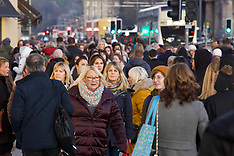 Black Friday weekend shoppers flocked to shops, Edinburgh, 30 November 2019