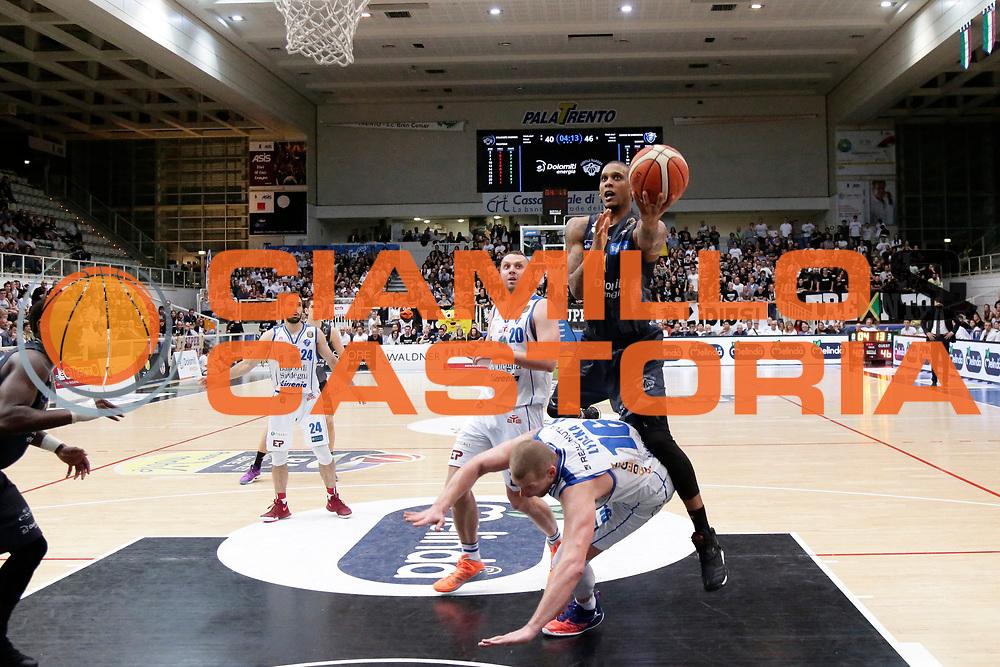 Beto Gomes<br /> Dolomiti Energia Aquila Basket Trento - Banco di Sardegna Dinamo Sassari<br /> Lega Basket Serie A 2016/2017<br /> PalaTrento 14/05/2017<br /> Foto Ciamillo-Castoria / M. Brondi