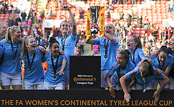 February 23, 2019 - Sheffield, England, United Kingdom - Manchester City Captain Steph Houghton with the League Cup..during the FA Women's Continental League Cup Final football match between Arsenal Women and Manchester City Women at Bramall Lane on February 23, 2019 in Sheffield, England. (Credit Image: © Action Foto Sport/NurPhoto via ZUMA Press)