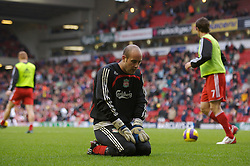LIVERPOOL, ENGLAND - Sunday, December 2, 2007: Liverpool's goalkeeper Jose Pepe Reina before the Premiership match against Bolton Wanderers at Anfield. (Photo by David Rawcliffe/Propaganda)