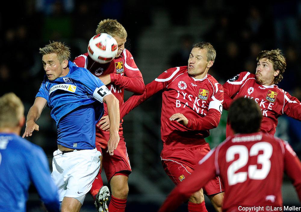 DK:<br /> 20100920, Lyngby, Danmark:<br /> Fodbold Superliga, Lyngby-FC Nordsj&aelig;lland: <br /> Morten Bertolt, Lyngby Boldklub., Nicolai Stokholm, FC Nordsj&aelig;lland, FCN.<br /> Foto: Lars M&oslash;ller<br /> UK: <br /> 20100920, Lyngby, Denmark:<br /> Football Superleague, Lyngby-FC Nordsj&aelig;lland: <br /> Morten Bertolt, Lyngby Boldklub., Nicolai Stokholm, FC Nordsj&aelig;lland, FCN.<br /> Photo: Lars Moeller